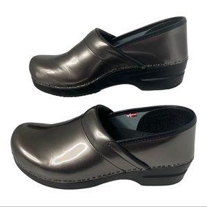 Sanita Sabel Clogs Size 40 / 9